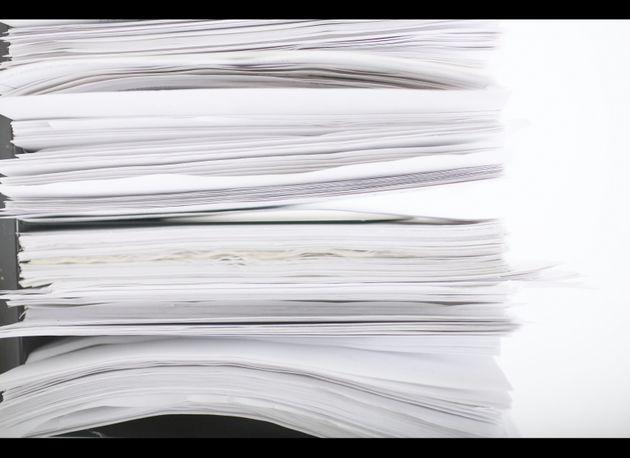 Petua menyimpan kertas dari kelembapan
